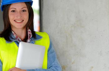 Como aprimorar a qualidade do empreendimento e evitar reclamações com rachaduras e paredes tortas