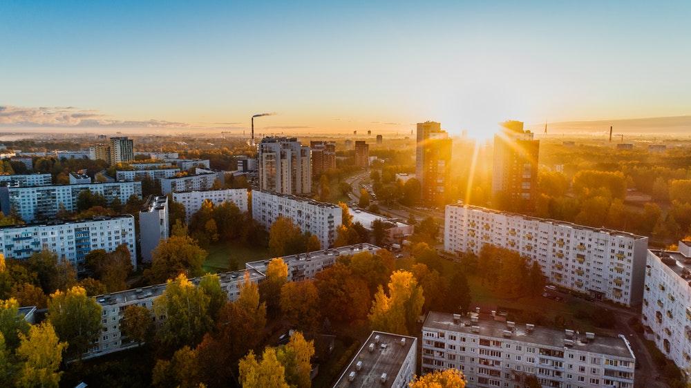 Motivos para continuar investindo no mercado imobiliário