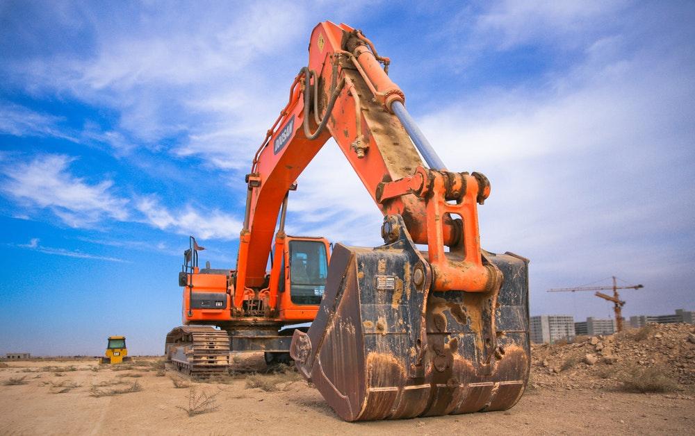 Construção pesada: como elevar a produtividade e a segurança reduzindo custos