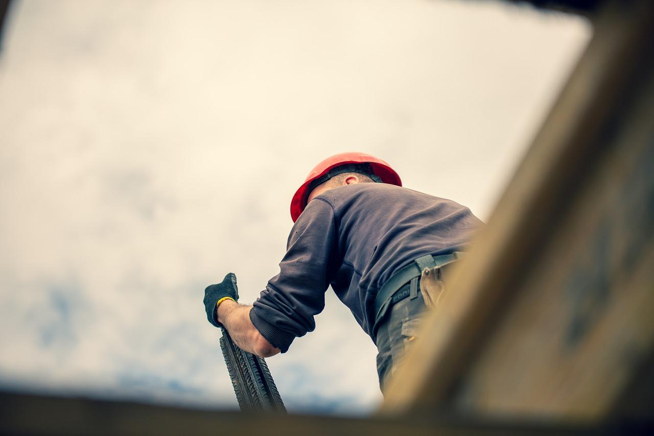 Conheça as 3 etapas da limpeza pós-obra e seus benefícios