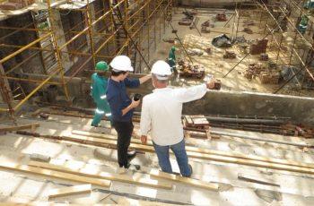 Controle de insumos na construção civil: prevenindo impactos de eventos externos