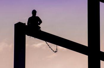 Os benefícios da implementação de um software de gestão de obras na rotina da construtora
